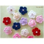 Lacinho Flor de Crochê com Velcro