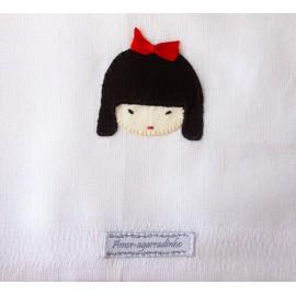 Fralda de Ombro para Bebê Bordado à Mão Japonesa