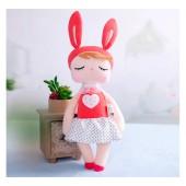 Boneca de Pano Angela Vermelha Metoo Coelha Coração 43 cm