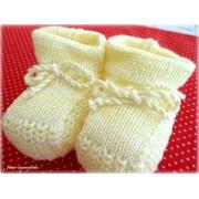 Sapatinho de Tricô para Bebê Amarelo