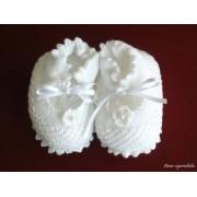 Sapatinho Flor de Crochê - Branco